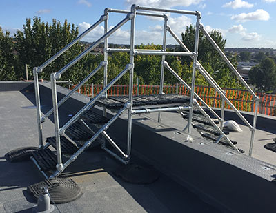 Roof step-over from Safesite